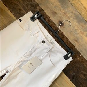 Women's KanCan White Skinny Jeans Size 7/27